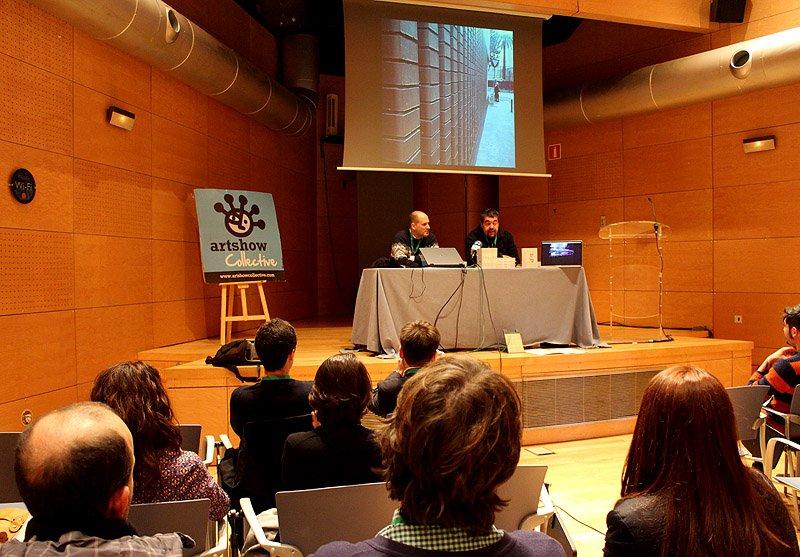 """Gran presentación del libro de Makusikusi con título """"Photosmartphone"""" ayer en el Museo Marítimo Ria Bilbao con el apoyo de Artshow Collective."""